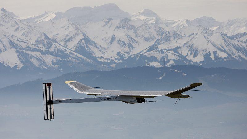 El avión que dará la vuelta al mundo con energía solar